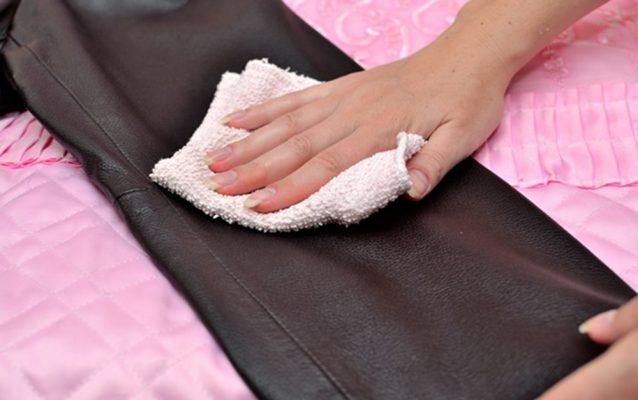 lau chùi đồ da thật va cách bảo quản