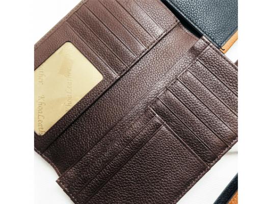 Bên trong ví dài