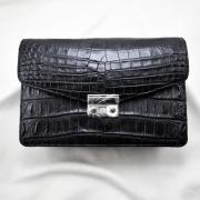 Túi cầm tay da cá sấu Havey đen trơn
