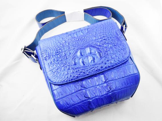 Túi đeo da cá sấu Livan xanh dương gù