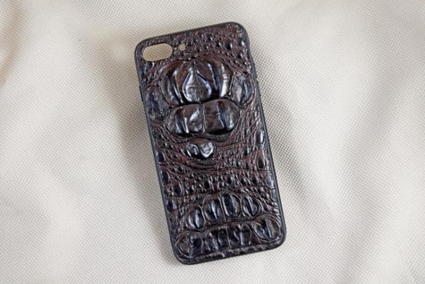 Ốp lưng da cá sấu Iphone 7 Plus gù nâu