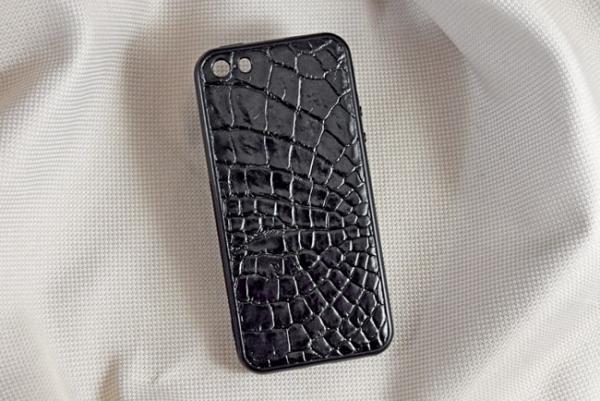 Ốp lưng da cá sấu Iphone 5G đen
