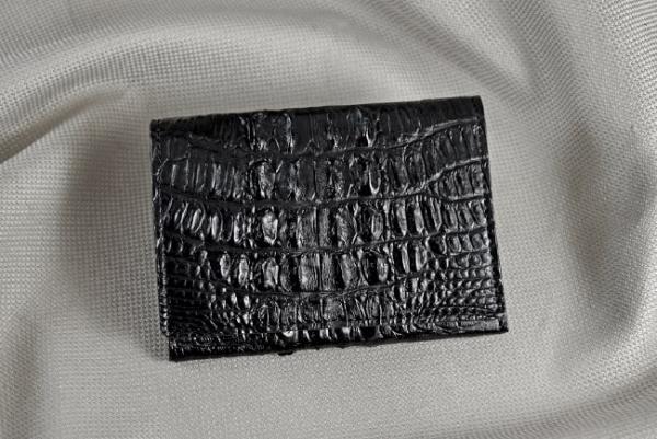 Ví namecard da cá sấu Vela đen